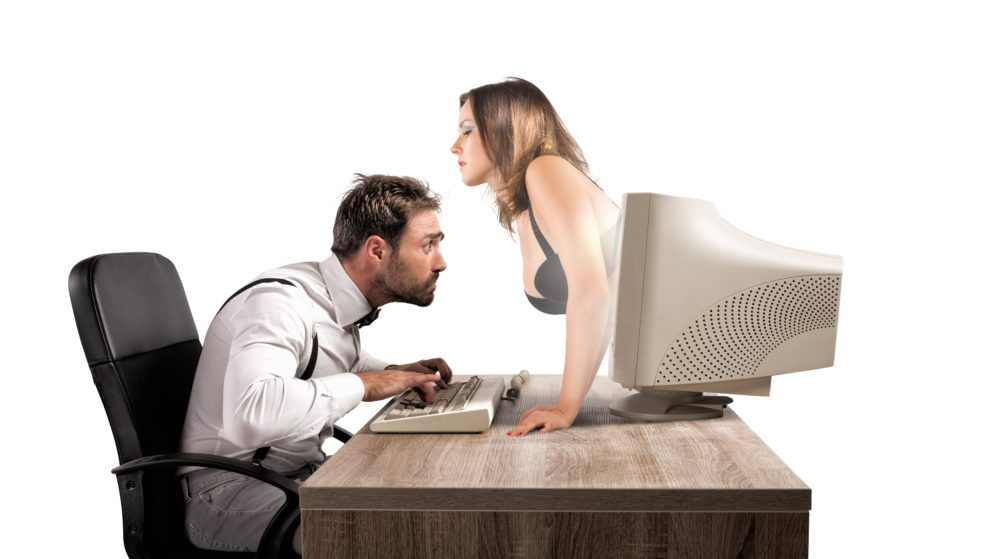 How to Avoid Being Ghosted on a Dating Site